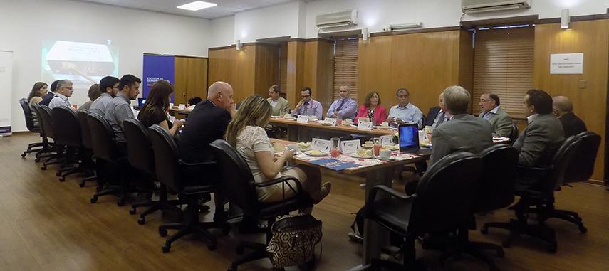 Académicos, directores municipales y profesionales debatieron sobre los desafíos en la implementación de la Ley N° 20.922 de Plantas Municipales